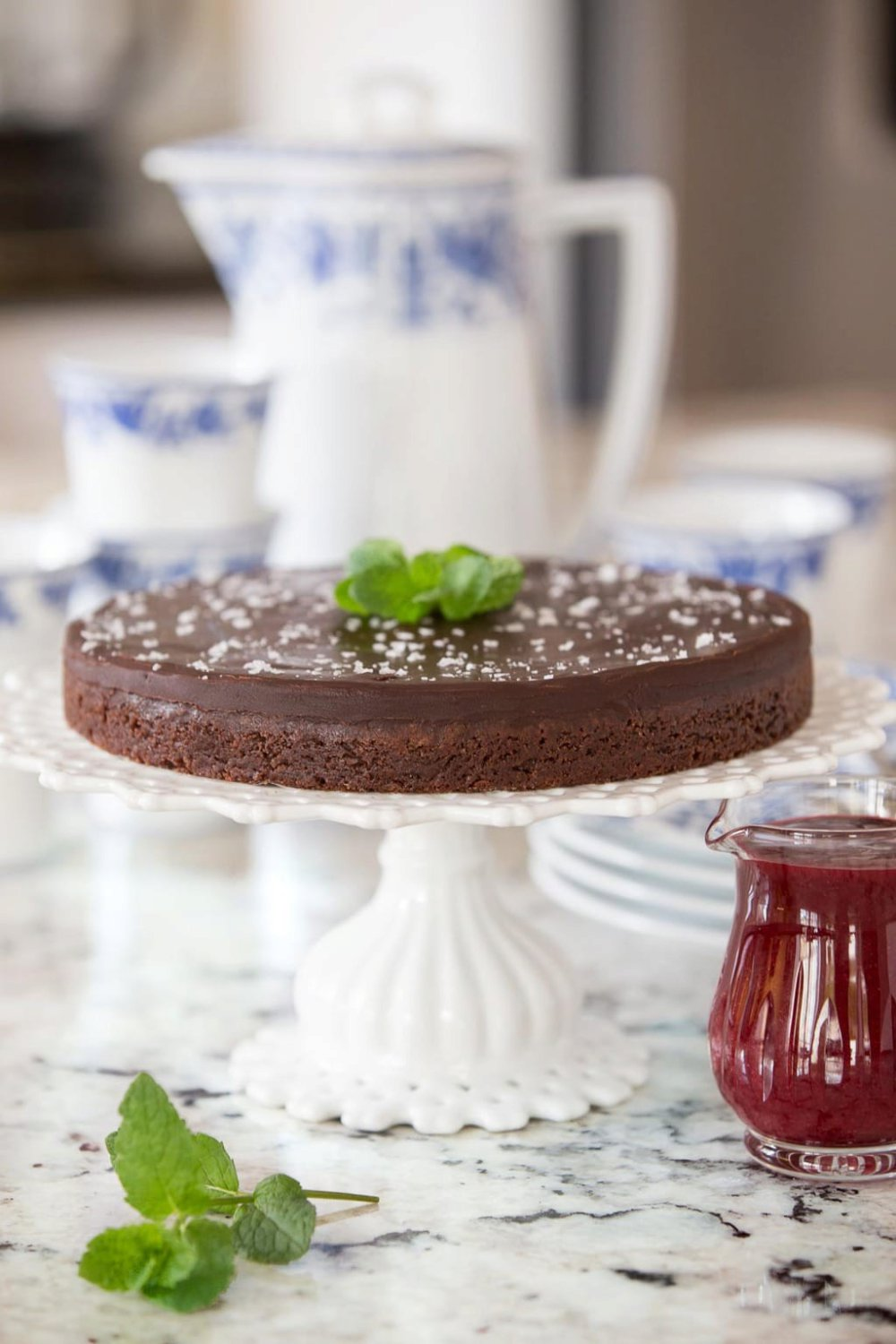 Swedish Sticky Chocolate Cake (Kladdkaffa)