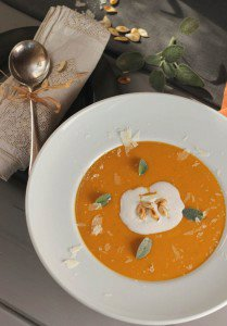 Pumpkin soup with rice, chili and sage