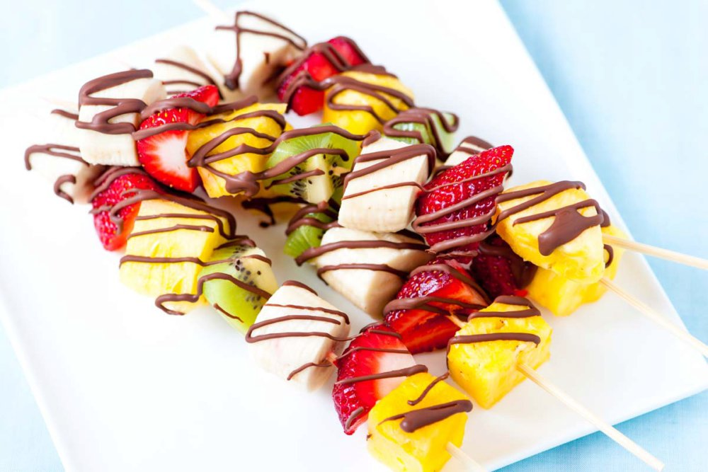 Easy Frozen Fruit Kabobs with Chocolate Drizzle
