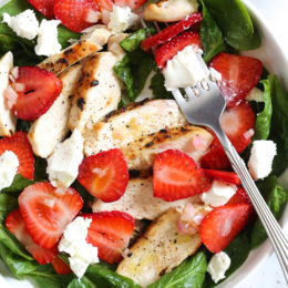 Grilled Chicken Salad with Strawberries and Spinach Recipe